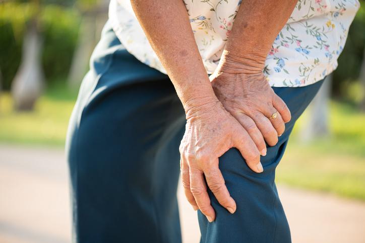 degenerative knee pain